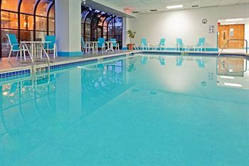 The best budget hotels in new york with swimming pools - New york hotels with swimming pools ...