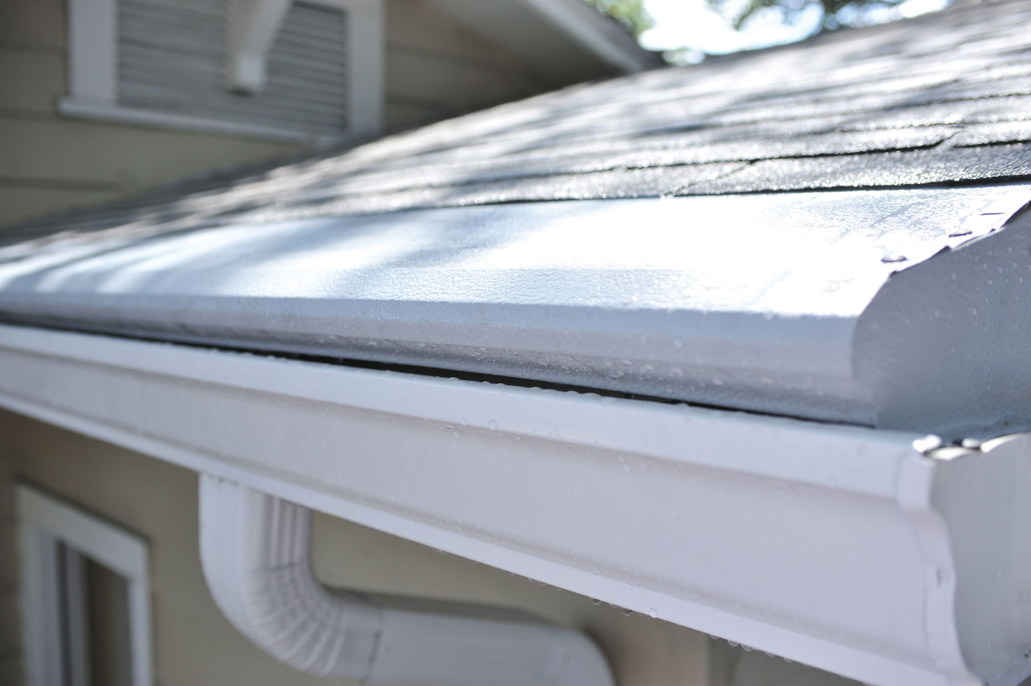 8 Gutter Protection Strategies For Homeowners