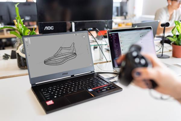 Drawing on a laptop computer.