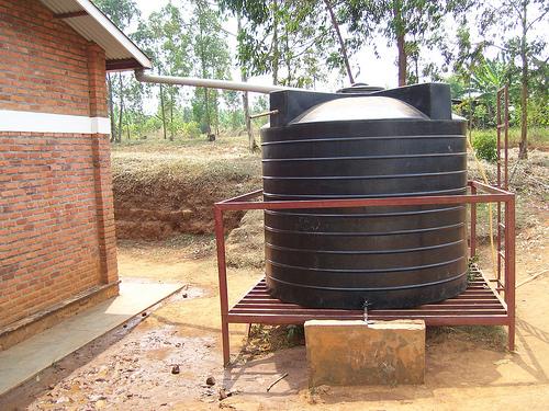 5 Safety Tips For Rainwater Harvesting Gutter Helmet