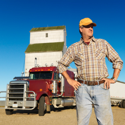 78819799 Truck Drivers: What Affects Your Commercial Auto Insurance?