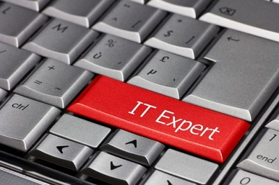 keyboard that says IT expert