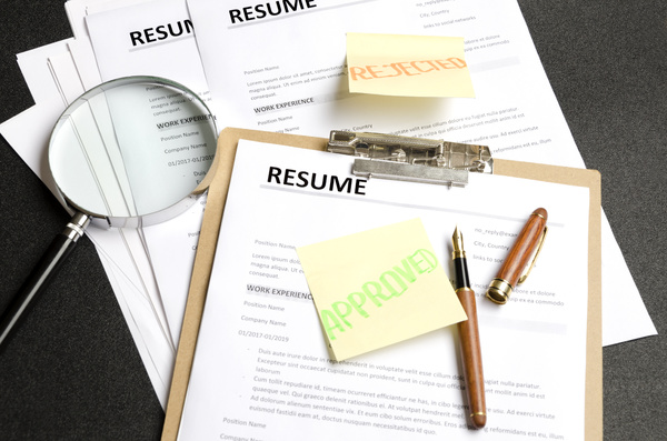 Resume on a clipboard.