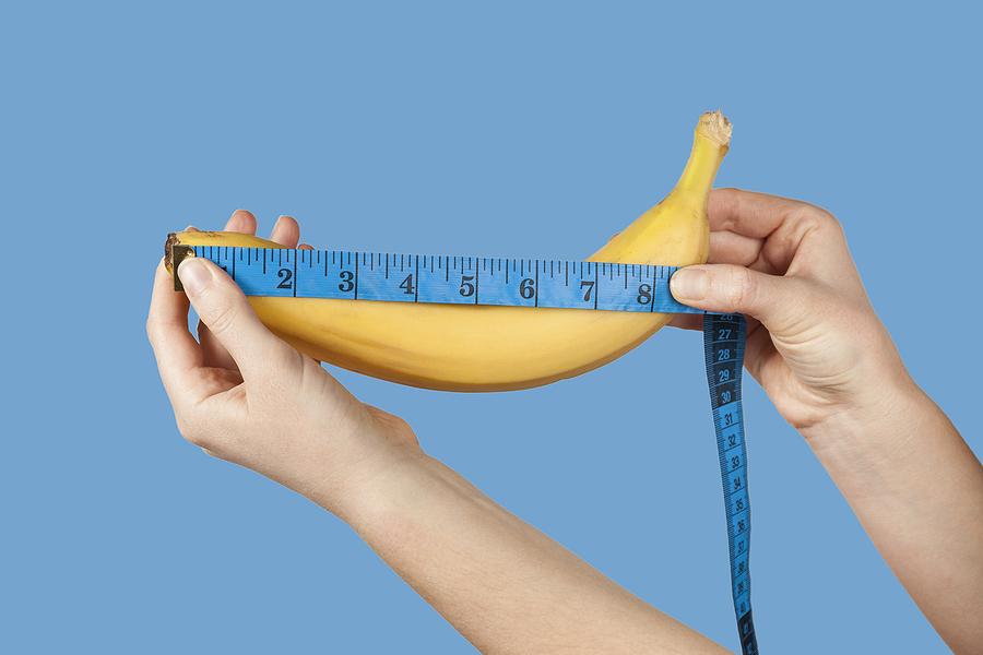 Measuring a banana.