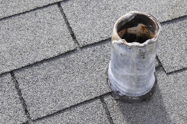 Grey shingled roof.