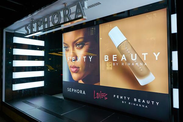 Sephora sign.