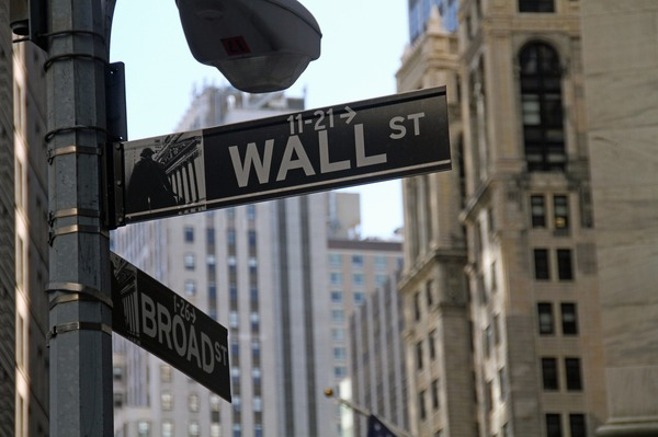 Wall St. street sign.