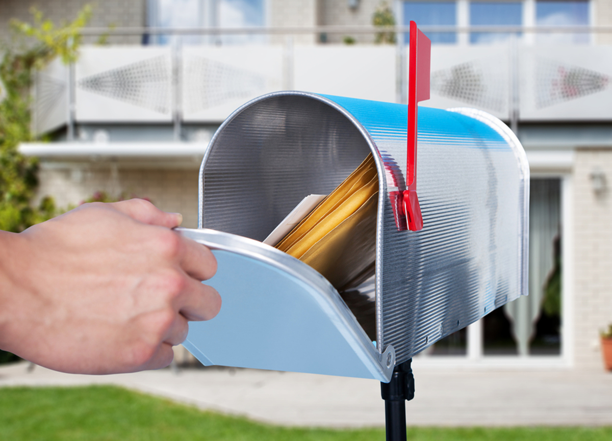 Getting mail from mailbox.